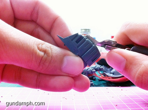 How to Remove Nubmark (Sprue-Mark) Tutorial | Gundam Building 101